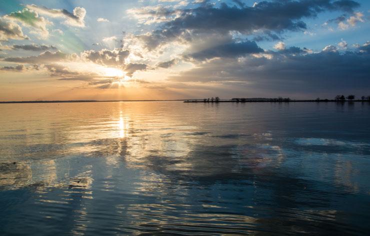 Sunset over lake livingston